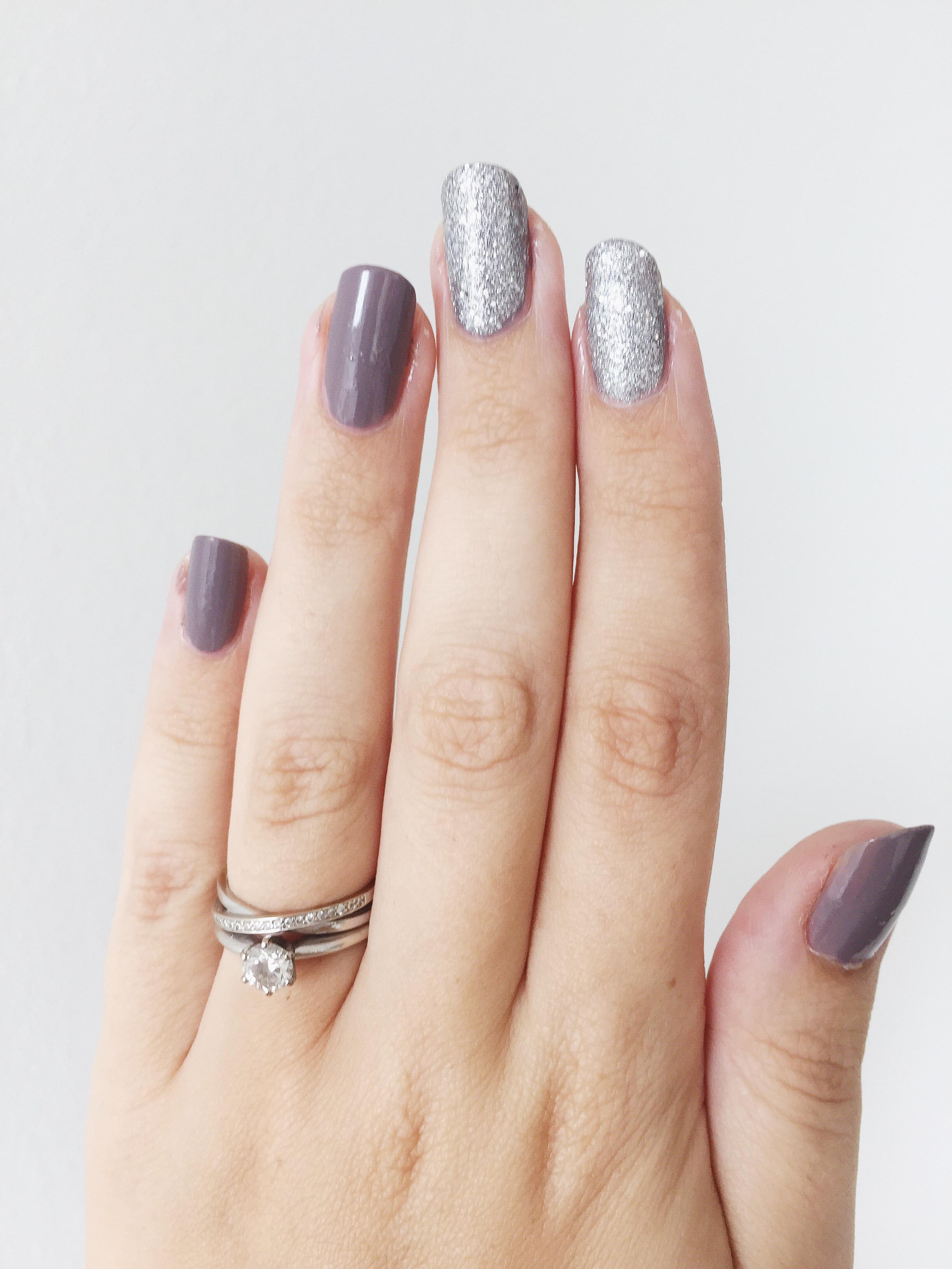glittriga naglar